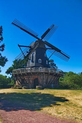 Die Mühle im Park