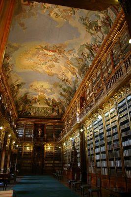 Philosophischer Bibliothekssaal