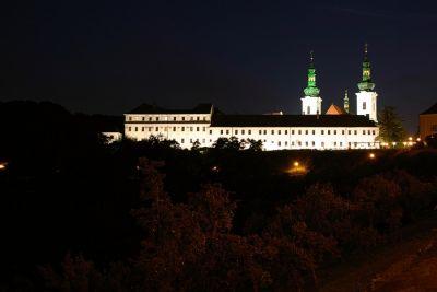 Kloster Strahov bei Nacht
